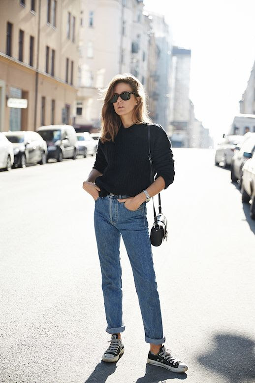 Le Fashion Blog Ways To Wear Converse Chuck Taylor All Star Blogger Style Ribbed Sweater Shoulder Bag Cropped High Waisted Jeans Via Make It Last