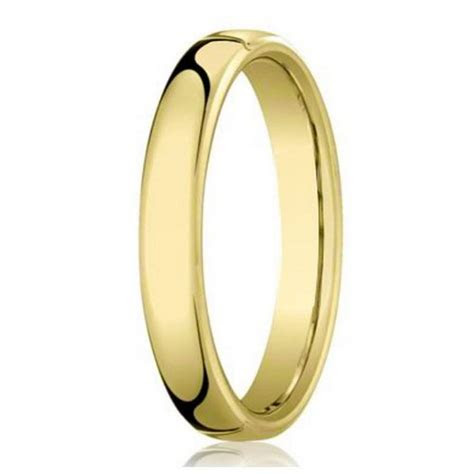 Designer 14K Yellow Gold Men's Wedding Band, Traditional