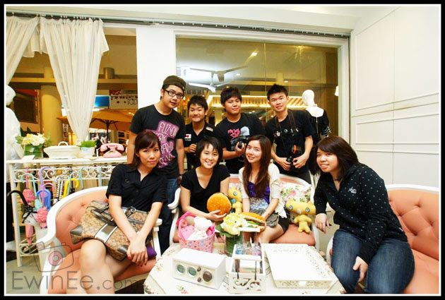 GroupPicInFullHouseNZX