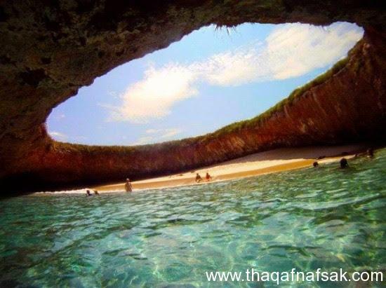 الشاطئ المخفي ثقف نفسك  شاطئ الحب المخفي في جزر ماريتا