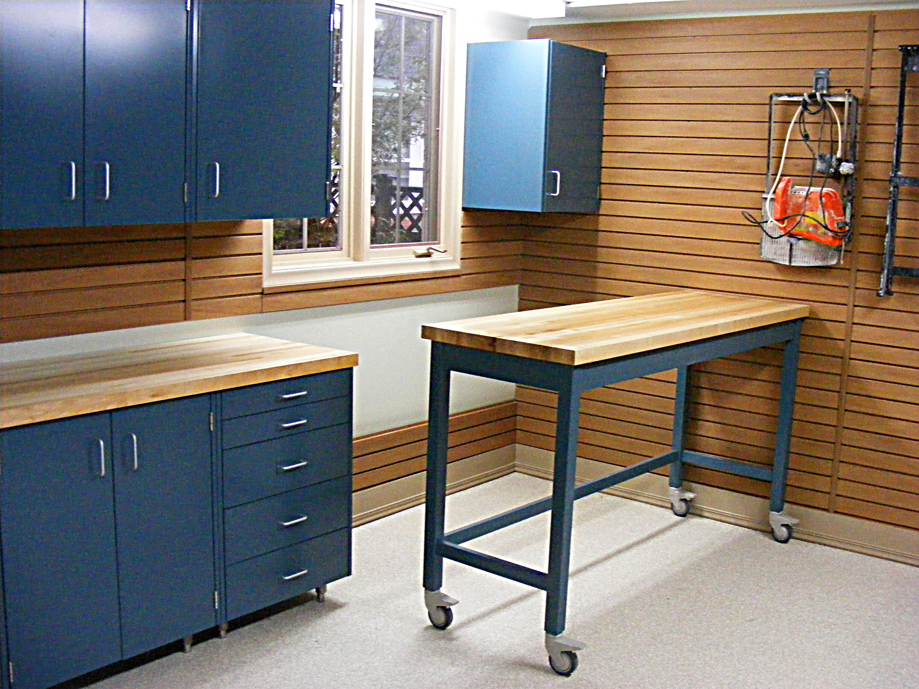 Work Stations & Workbenches — Nuvo Garage
