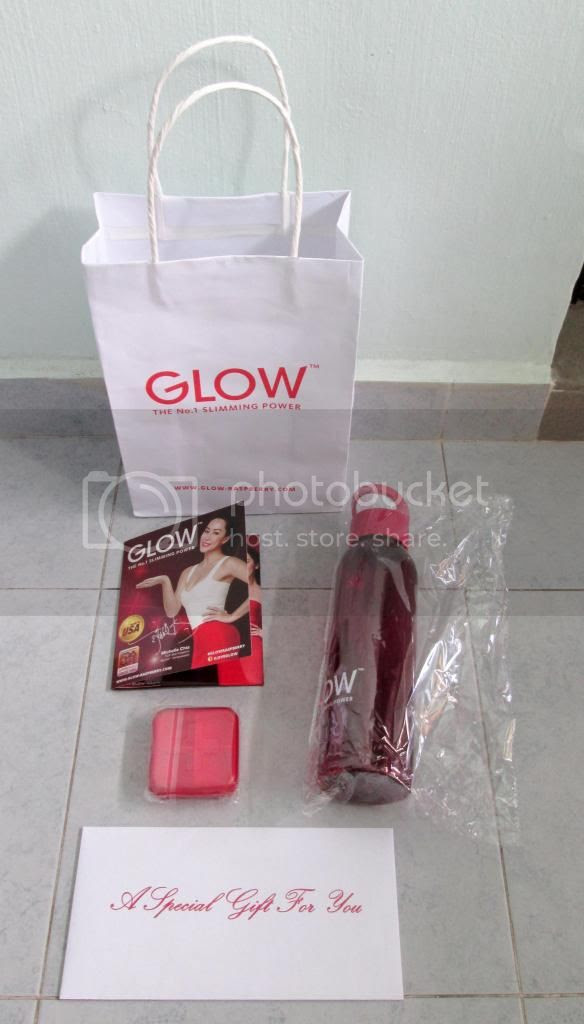 photo GlowGoodieBag03.jpg