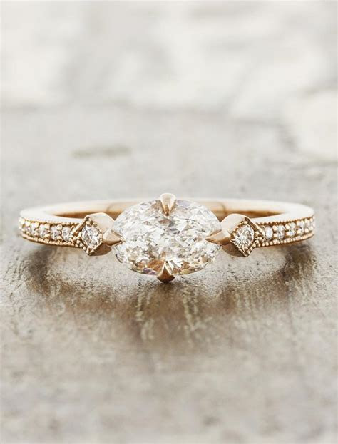 Charleen: Horizontal Oval Ring in Rose Gold   Ken & Dana