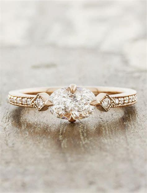 Charleen: Horizontal Oval Ring in Rose Gold   Ken & Dana