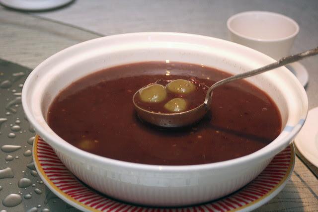 Red Bean Soup with Green Tea Glutinous Rice Ball Dumplings