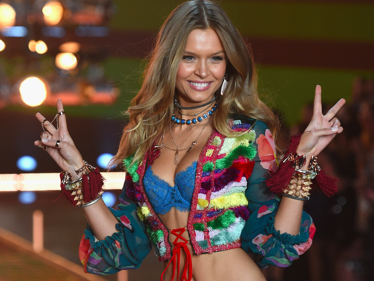 Josephine Skriver dazzled in this eclectic ensemble.