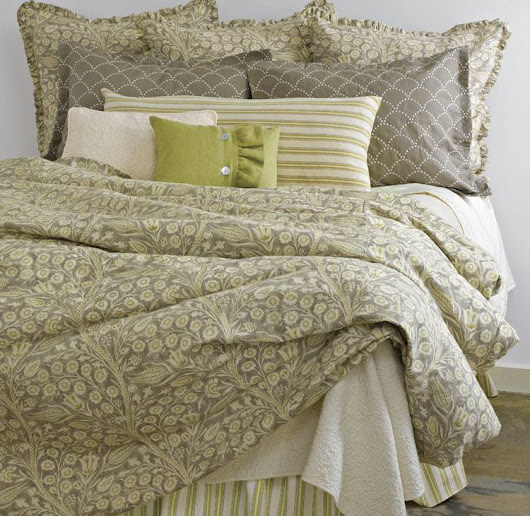 Traditions Valetto Custom Bedding