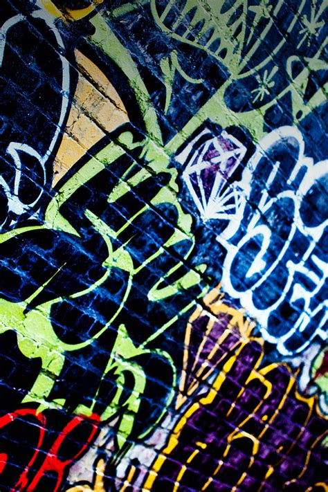freeios graffiti world parallax hd iphone ipad wallpaper