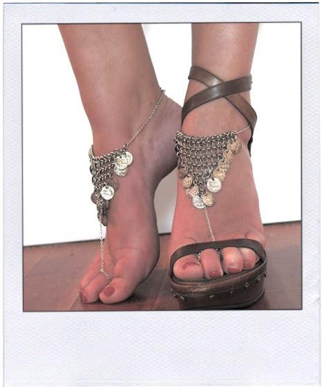 Shoe jewelry ... sexy!