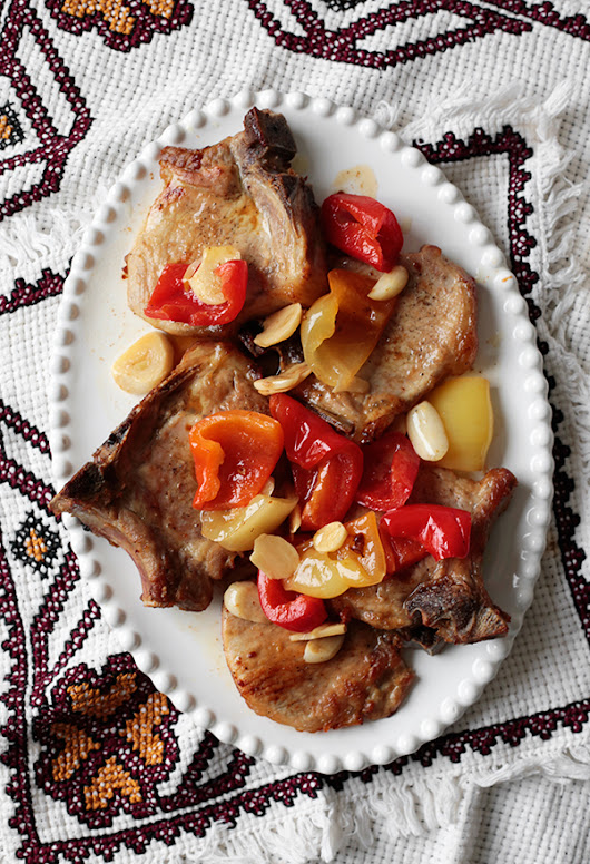 Pork Chops with Garlic and Pickled Peppers - Palachinka