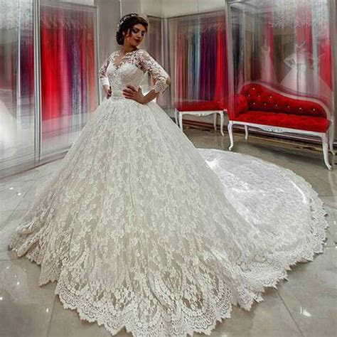 Luxury Arabic Wedding Dresses Lace Long Sleeve Puffy Ball