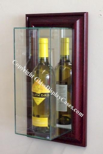 Single Wine Liquor Bottle Wall Mount Glass Display Case Vertical