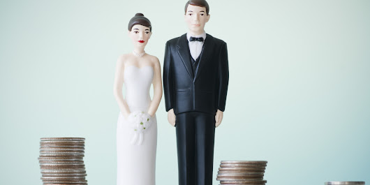 Paying for a Wedding - Who, How and Cutting the Bill