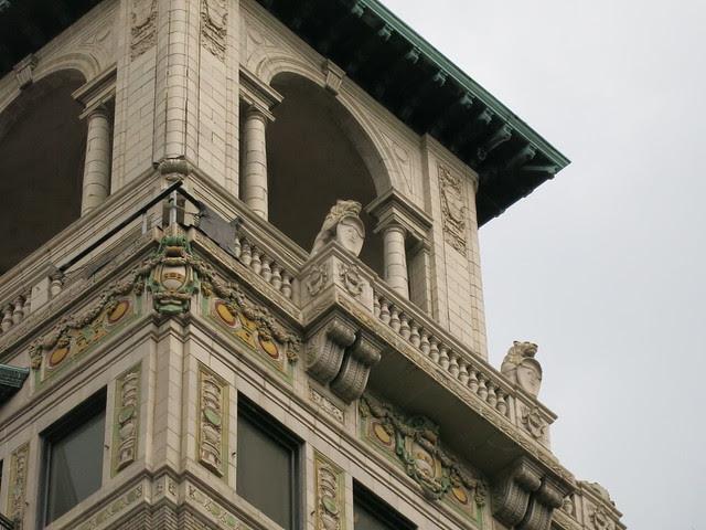IMG_3856-2013-08-22-Ponce-Condominium-Ponce-de-Leon-Apartments-Lion-Lions