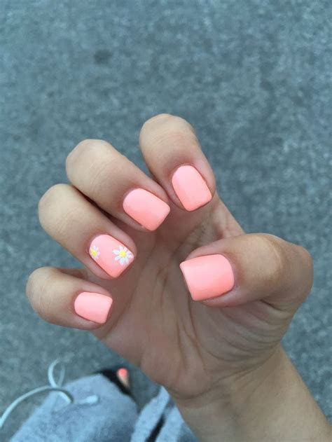 25  best ideas about Coral Gel Nails on Pinterest   Coral