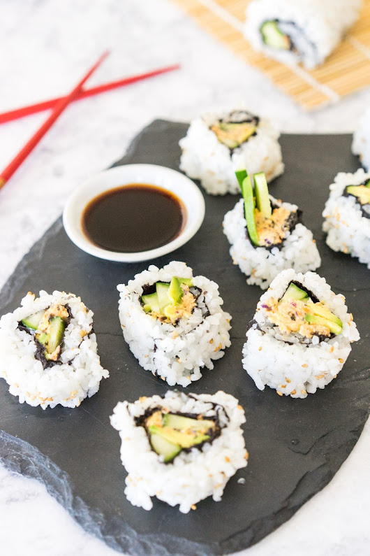 California Sushi Roll with Vegan Crab Meat