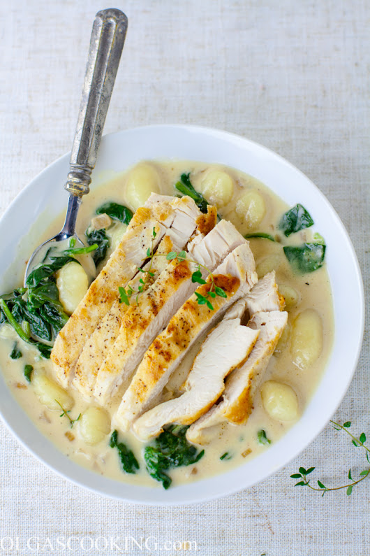 One-Pan Creamy Chicken and Gnocchi - Olgas Cooking