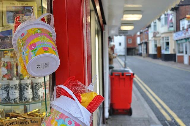 red yellow bin
