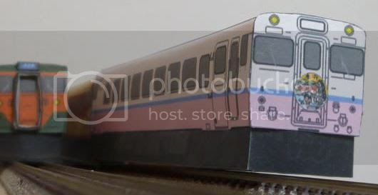 photo japan.trains.papercraft.via.papermau.002_zpsqrojao7e.jpg