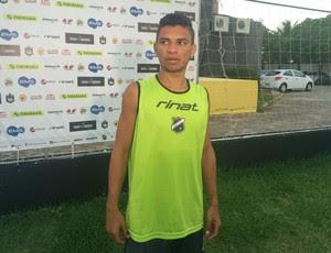Erivélton - meia do ABC (Foto: Carlos Cruz/GloboEsporte.com)