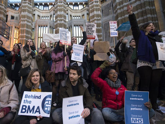 Junior doctors announce three further 48 hour strikes and legal challenge over new contract