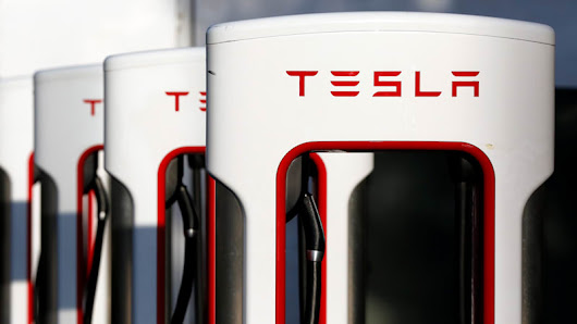 Tesla might build convenience stores at its charging stations - Autoblog