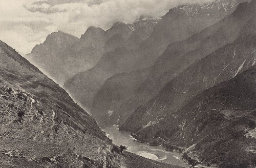 Tiger Leaping Gorge in 1925