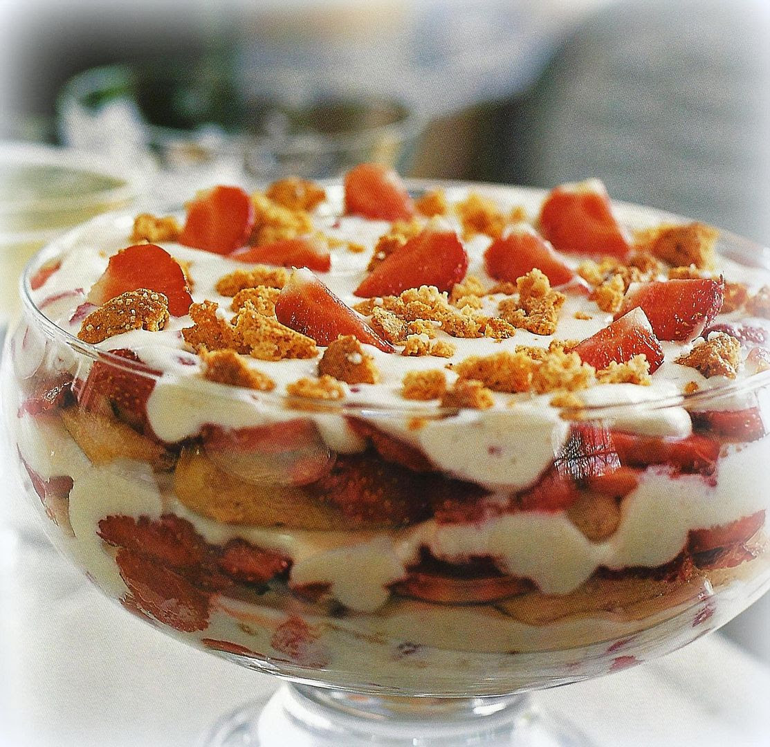 photo Strawberry Tiramisu_zps0hctc7tc.jpg
