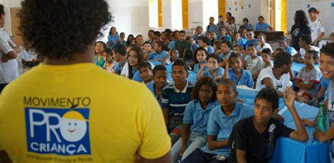 Cerca de 2,5 mil jovens carentes precisam dos trabalhos desenvolvidos pelo Movimento Pró-Criança para transformar as próprias vidas / Foto: Divulgação