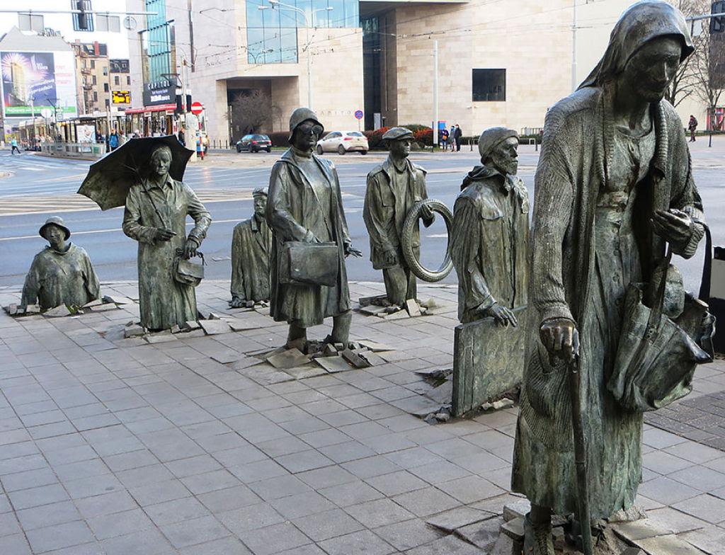 25 esculturas e estátuas criativas de todo o mundo 03
