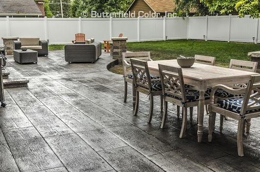 Wood Plank Patio - Butterfield Color
