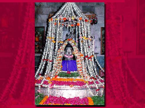 Twelve Jyotirlingas (Dwadasha Jyotirlinga) Darshana - Somnath Temple, Gujarat