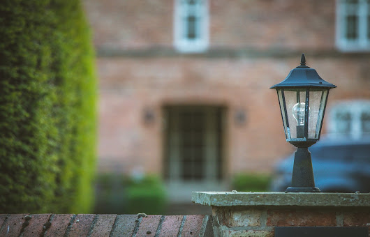 How to Get the Most Out of Your Outdoor Lighting This Winter