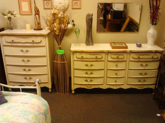 French Provincial Bedroom Set   Yelp