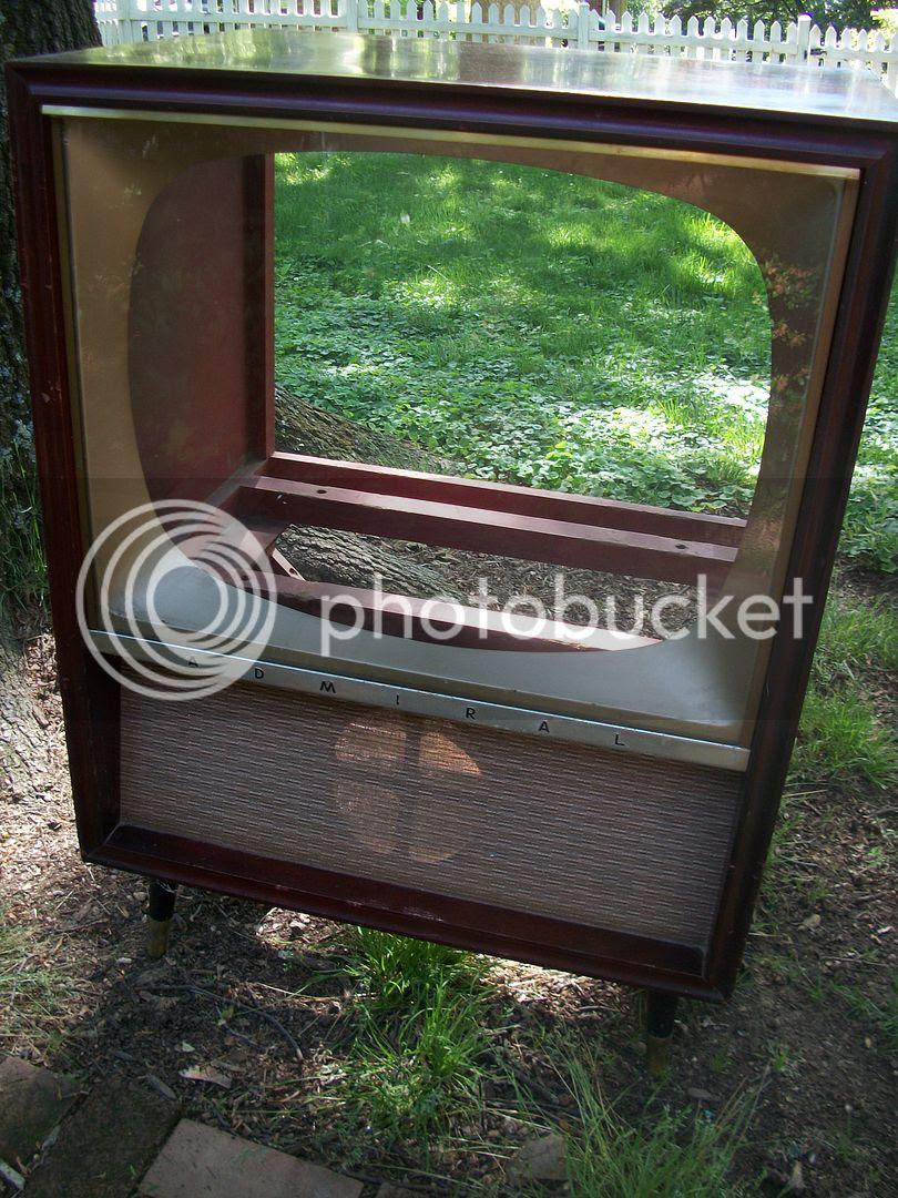 Uncle Atom: Craigslist Find - Vintage TV Cabinet Project