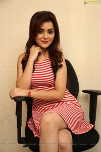 Ragini Nandwani Photos