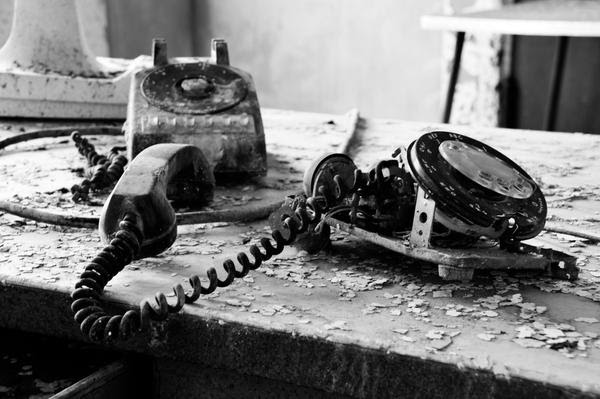 Old Phone by oSkiesmostwantedo