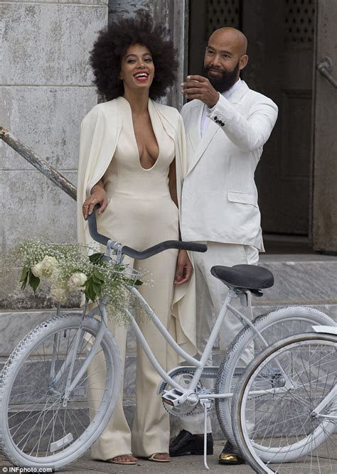 Solange Knowles breaks out on wedding day as Beyonce tries