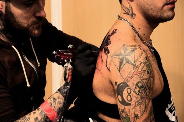 Tatuajes De La Tradiciã³n A La Moda
