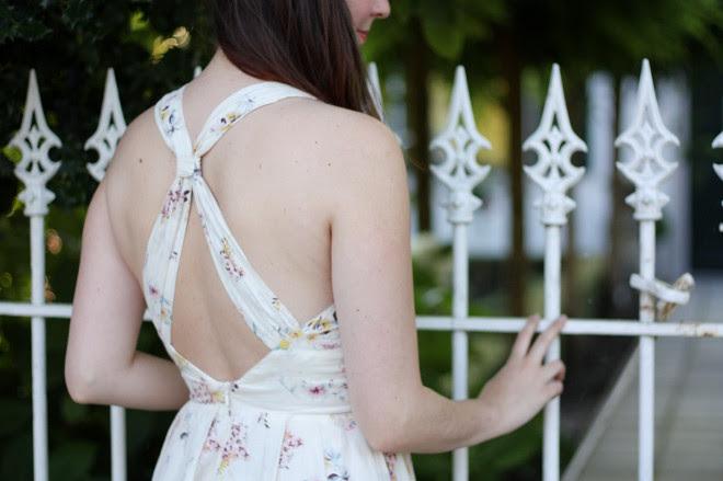 White Dress, Picket Fence
