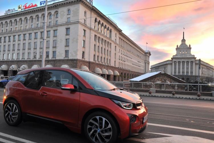 BMW-i3-2013-Sofia-Bulgarien-Premiere-09
