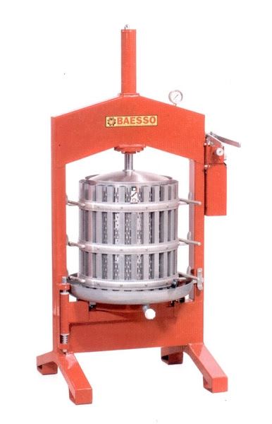 Miniescavatore pressa oleodinamica manuale for Pressatrice usata