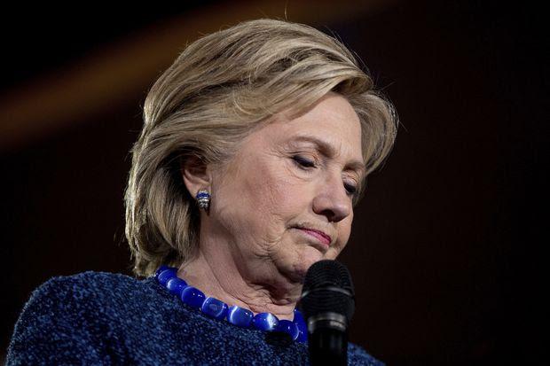 A candidata democrata Hillary Clinton discursa em evento de campanha em Des Moines, Iowa, na sexta