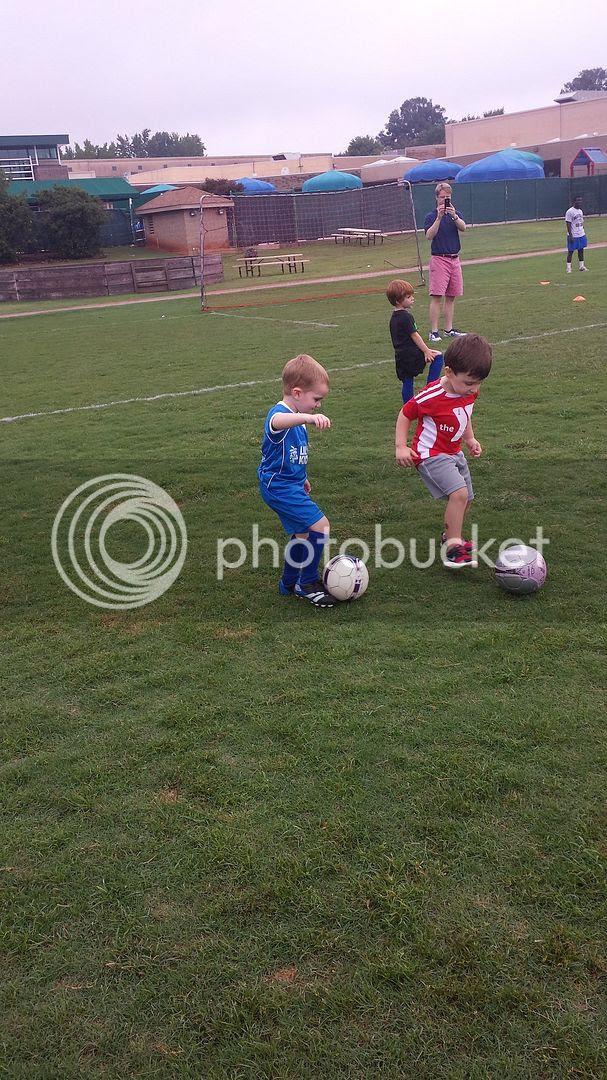photo soccer4_zpsff0dafbe.jpg