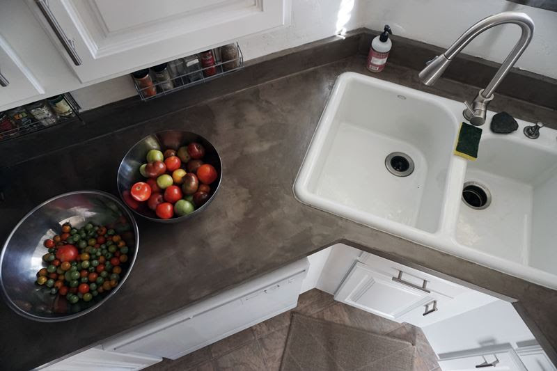 Lovely Imperfection Diy Concrete Countertops Over Laminate