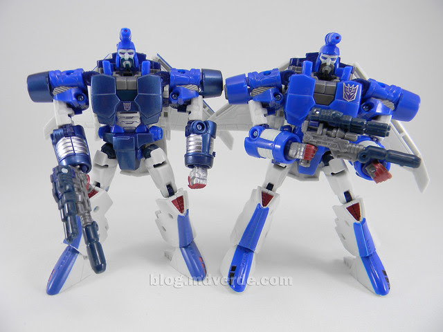 Transformers Scourge United Deluxe - modo robot vs Generations