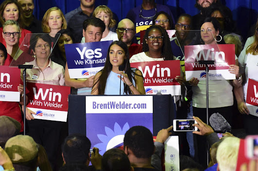 Sanders and new Democratic star Ocasio-Cortez wade into GOP-heavy Kansas
