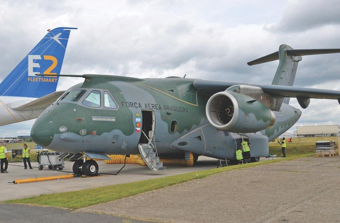 Resultado de imagen para KC-390 + paris
