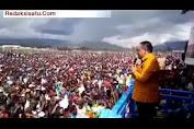 VIDEO : BENNY RHAMDANI Pidato Bakar Semangat Warga Papua