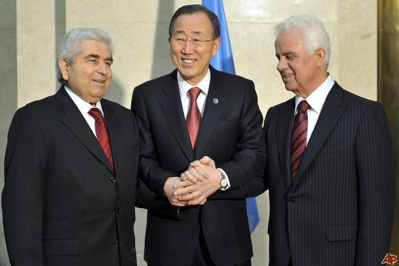 http://www.defence-point.gr/news/wp-content/uploads/2011/10/demetris-christofias-ban-ki-moon-dervis-eroglu.jpg